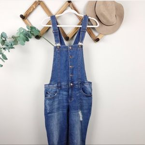 F21 | Distressed Overalls